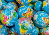 Jak inwestować na rynkach zagranicznych – produkty polskie czy zagraniczne?