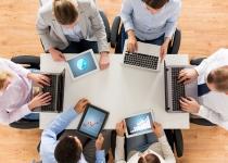Zarządzający wybierają konkurencyjne fundusze